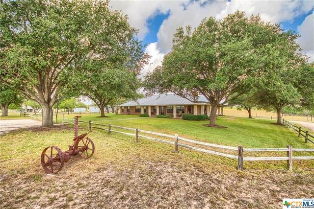 9285 County Road 401, Floresville, TX 78114 (MLS #418096) :: The Myles Group