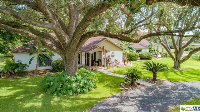 201 Yucca Drive, Victoria, TX 77904 (MLS #420121) :: The Real Estate Home Team