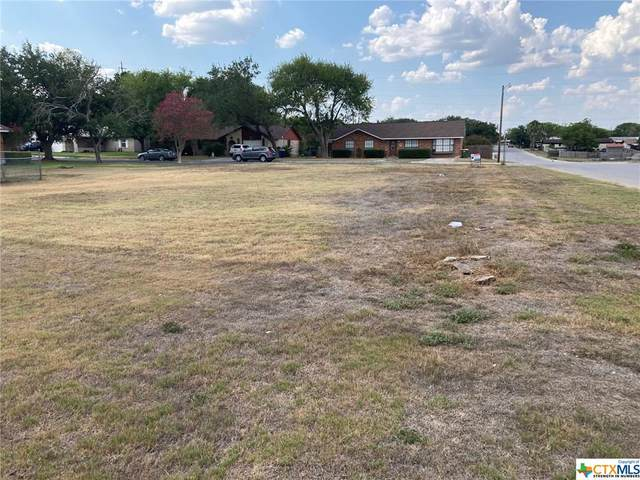 714 Oakland/College, Gonzales, TX 78629 (MLS #420570) :: Brautigan Realty