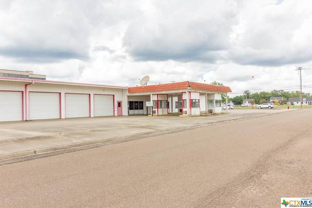 1301 N East Street, Victoria, TX 77901 (MLS #421673) :: Kopecky Group at RE/MAX Land & Homes