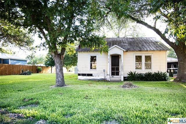 203 S Lavaca, Moulton, TX 77975 (MLS #422114) :: The Real Estate Home Team