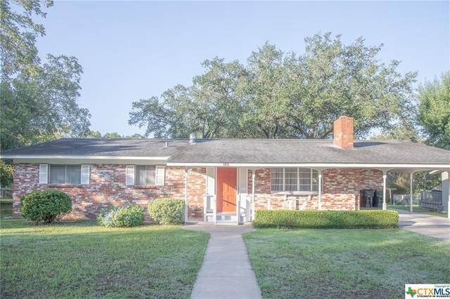 1416 N Avenue F, Shiner, TX 77984 (MLS #422814) :: The Zaplac Group