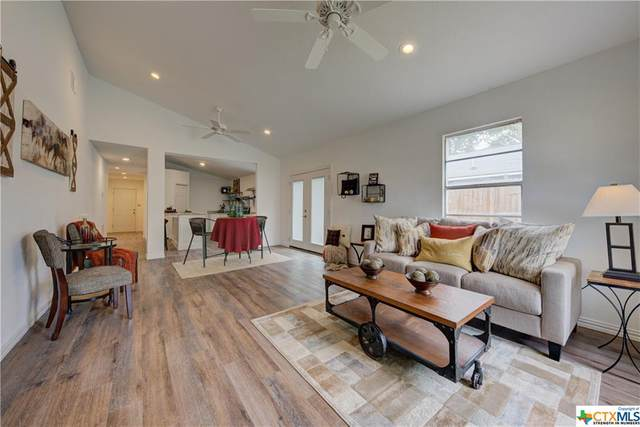 747 Oasis Street, New Braunfels, TX 78130 (MLS #422933) :: The Zaplac Group
