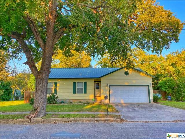 532 N College Street, Gonzales, TX 78629 (MLS #423770) :: Kopecky Group at RE/MAX Land & Homes