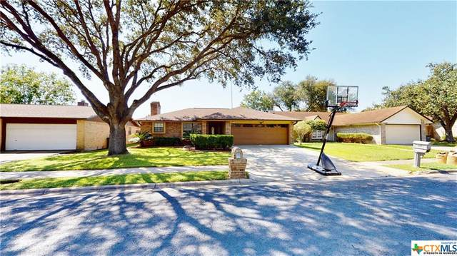 305 Byron Lane, Victoria, TX 77901 (MLS #424316) :: Kopecky Group at RE/MAX Land & Homes