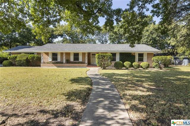 1215 W Live Oak Street, Lockhart, TX 78644 (MLS #424528) :: RE/MAX Family
