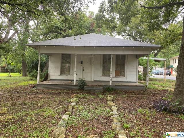 922 E Humphreys Street, Seguin, TX 78155 (MLS #425072) :: RE/MAX Family
