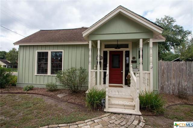 409 S William Street, Victoria, TX 77901 (MLS #425171) :: Kopecky Group at RE/MAX Land & Homes
