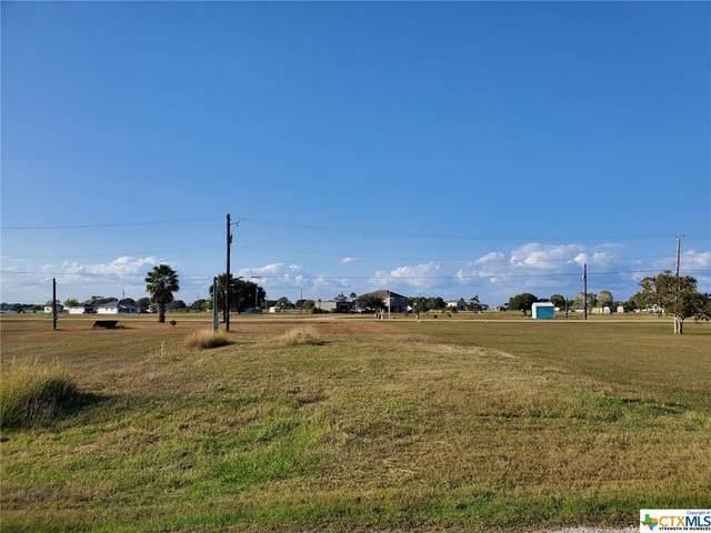 300 Stovall Drive, Palacios, TX 77465 (MLS #426854) :: Brautigan Realty