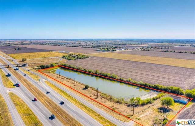 10833 E Interstate 10, Marion, TX 78124 (MLS #427009) :: The Barrientos Group