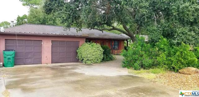2002 W Norris Street, El Campo, TX 77437 (MLS #427962) :: The Real Estate Home Team