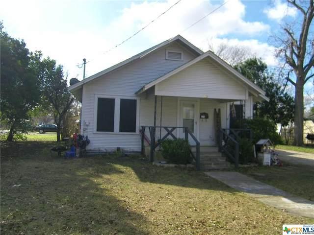 423 E Cedar Street, Seguin, TX 78155 (MLS #429233) :: Vista Real Estate