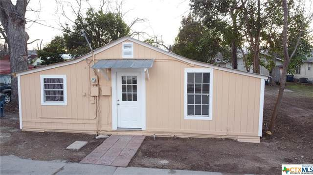 837 Denver Drive, New Braunfels, TX 78130 (MLS #429832) :: Berkshire Hathaway HomeServices Don Johnson, REALTORS®