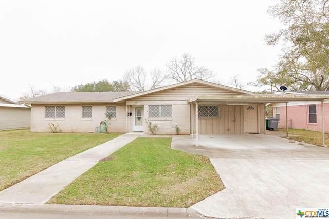 2201 E Mistletoe Avenue, Victoria, TX 77901 (MLS #430501) :: The Barrientos Group