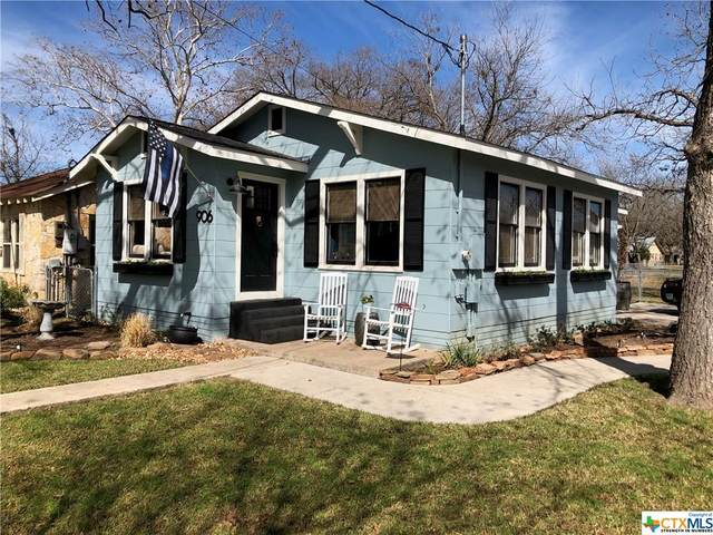 906 Chicago Avenue, New Braunfels, TX 78130 (MLS #432034) :: The Myles Group