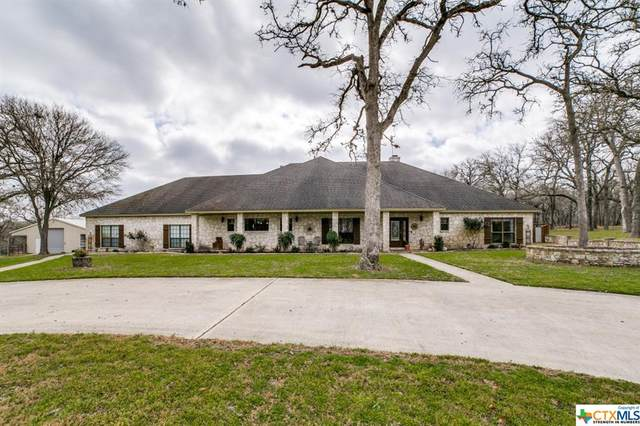 233 Twin Oaks Drive, La Vernia, TX 78121 (MLS #432617) :: Kopecky Group at RE/MAX Land & Homes