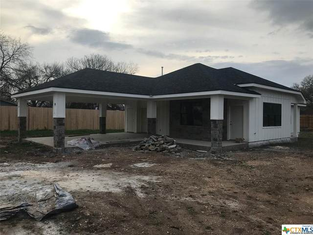 411 Brandenburg Lane, New Braunfels, TX 78130 (MLS #435317) :: Kopecky Group at RE/MAX Land & Homes