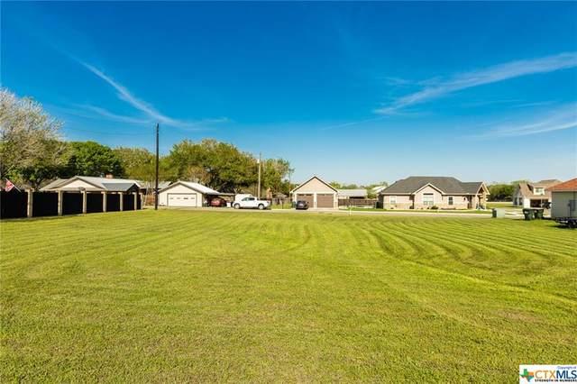 112 Jean Drive, Shiner, TX 77984 (MLS #435663) :: Kopecky Group at RE/MAX Land & Homes