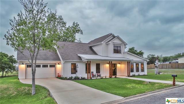 808 E Wendel Street, Shiner, TX 77984 (MLS #436378) :: RE/MAX Land & Homes
