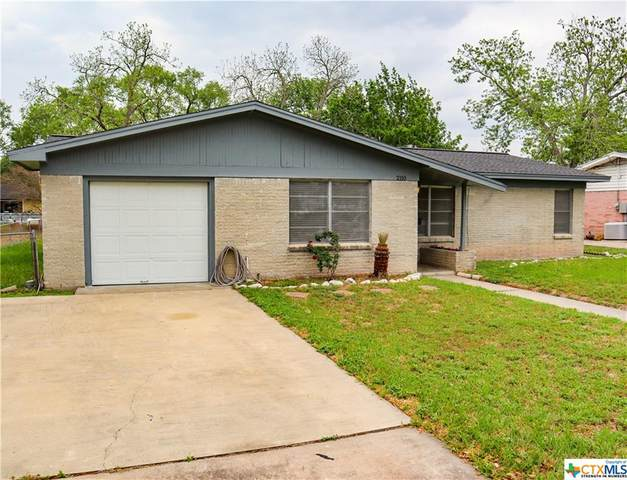 2110 E Anaqua Avenue, Victoria, TX 77901 (MLS #436791) :: RE/MAX Land & Homes