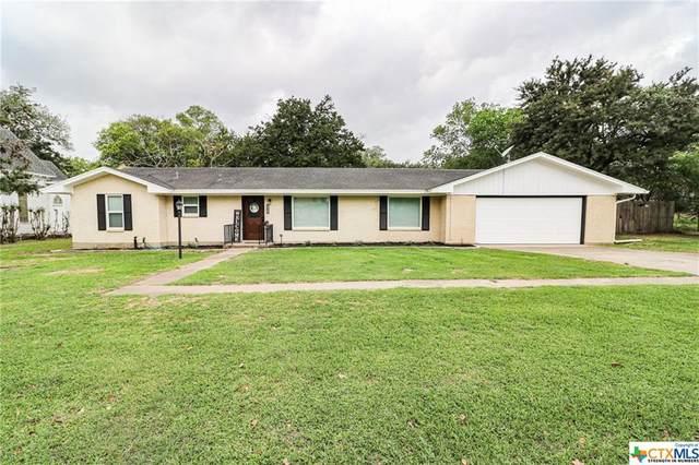 140 S Chilton Avenue, Goliad, TX 77963 (MLS #438165) :: Texas Real Estate Advisors