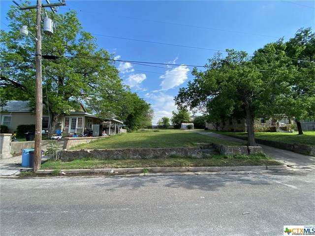 901 Bridge Street, Gatesville, TX 76528 (MLS #438475) :: RE/MAX Family