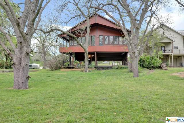 438 Riverview, McQueeney, TX 78123 (MLS #438727) :: Kopecky Group at RE/MAX Land & Homes