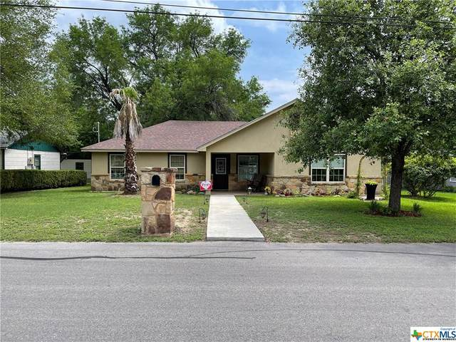 961 E Walnut Street, Seguin, TX 78155 (MLS #438992) :: Rutherford Realty Group