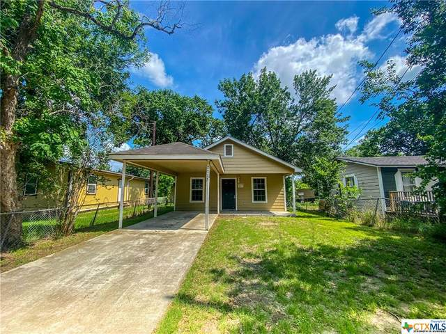 2715 Mitchell, Victoria, TX 77901 (MLS #439107) :: Kopecky Group at RE/MAX Land & Homes