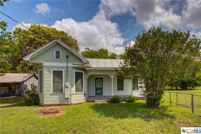 609 College Street, Schulenburg, TX 78956 (MLS #440165) :: Kopecky Group at RE/MAX Land & Homes