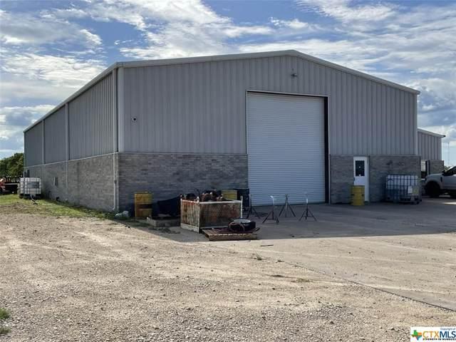 905 Frank Stubbs Drive, El Campo, TX 77437 (MLS #440685) :: The Myles Group