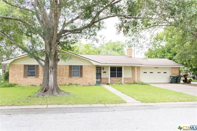 700 N Dowling Street, Hallettsville, TX 77964 (MLS #441085) :: The Zaplac Group