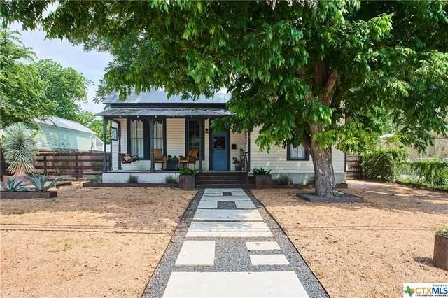 920 W Mill Street, New Braunfels, TX 78130 (MLS #442351) :: The Real Estate Home Team