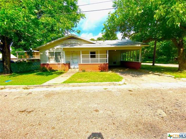 300 S 5th Street, Gatesville, TX 76528 (MLS #442404) :: Brautigan Realty