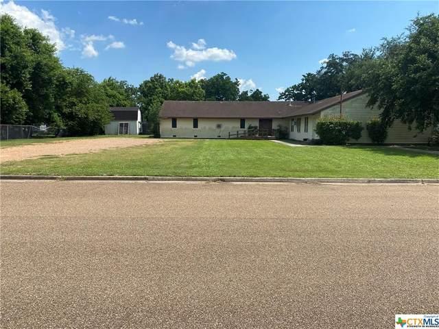 803 Pine, Victoria, TX 77901 (MLS #442462) :: Brautigan Realty