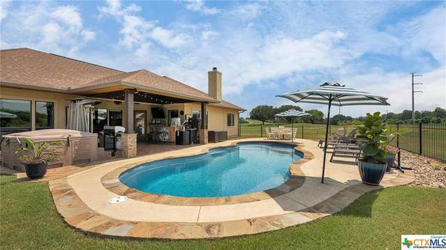 207 Mackenzie Drive, New Braunfels, TX 78130 (MLS #442751) :: The Real Estate Home Team