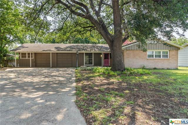 307 N Moss Street, Seguin, TX 78155 (#442908) :: Realty Executives - Town & Country