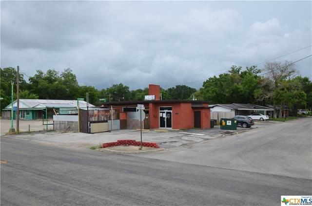 1402 St Louis Street, Gonzales, TX 78629 (MLS #443657) :: Brautigan Realty