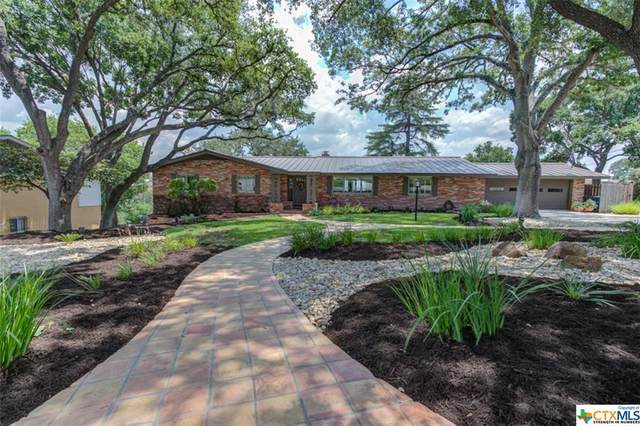 838 Oak Lane, New Braunfels, TX 78130 (MLS #445135) :: Kopecky Group at RE/MAX Land & Homes
