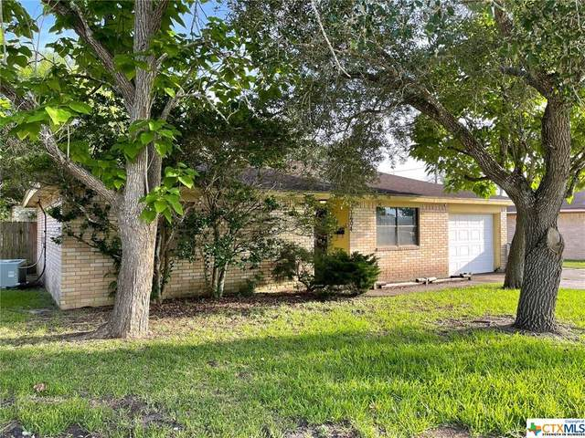 1604 Meadowview Drive, Port Lavaca, TX 77979 (MLS #445318) :: The Real Estate Home Team