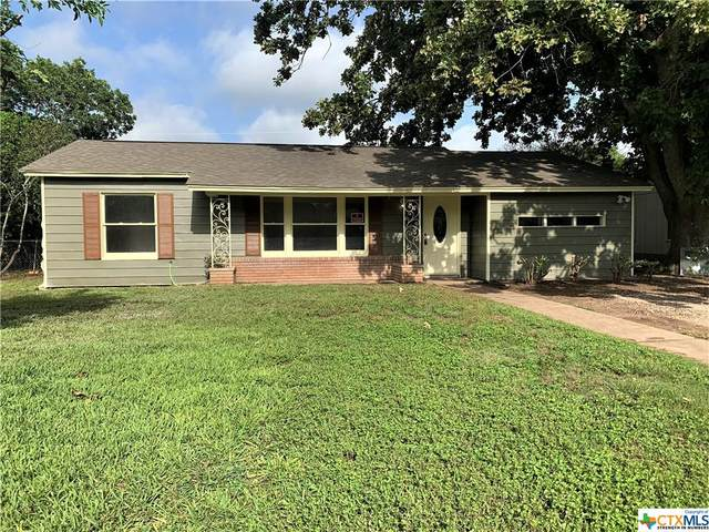 420 Wallace Street, Seguin, TX 78155 (MLS #446329) :: The Real Estate Home Team