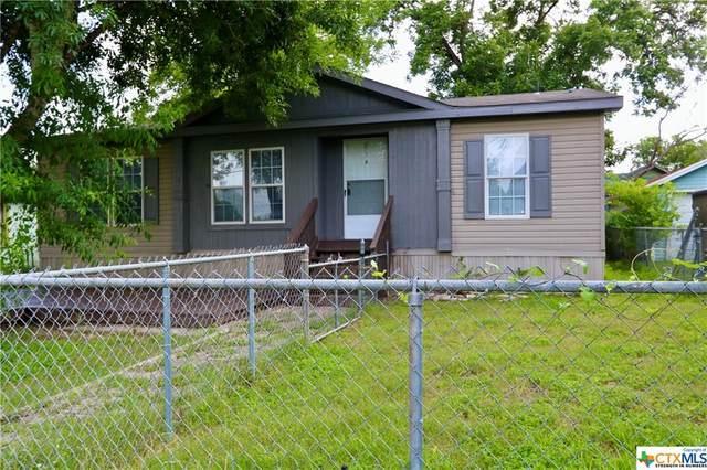 703 Nelson Street, Yoakum, TX 77995 (MLS #446527) :: Brautigan Realty