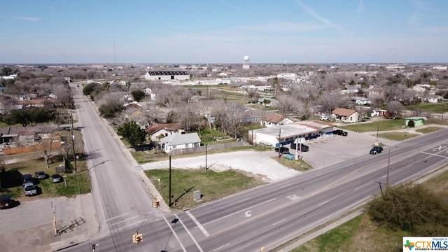 1111 W Austin Street, Port Lavaca, TX 77979 (MLS #446972) :: RE/MAX Family