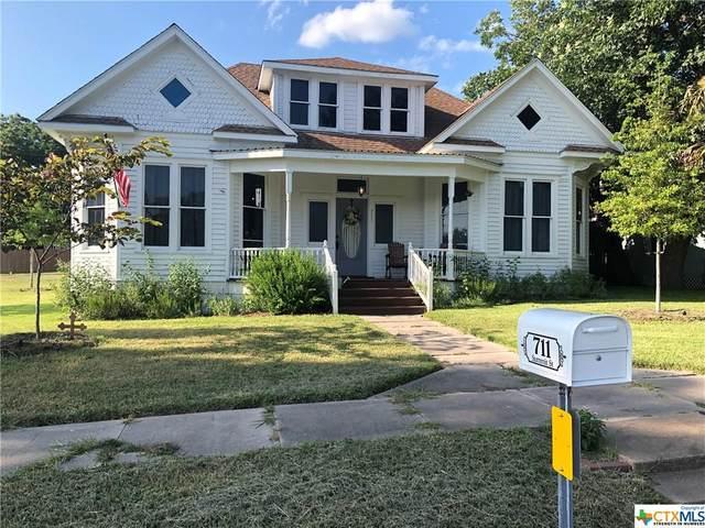 711 Summit Street, Schulenburg, TX 78956 (#447745) :: First Texas Brokerage Company