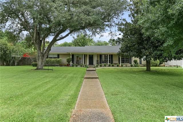 204 Tropical Drive, Victoria, TX 77904 (MLS #448286) :: Kopecky Group at RE/MAX Land & Homes