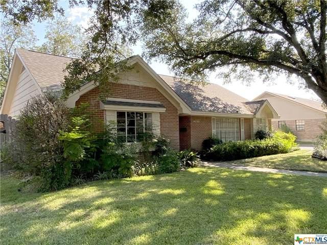 2803 E Loma Vista, Victoria, TX 77901 (MLS #448378) :: Texas Real Estate Advisors
