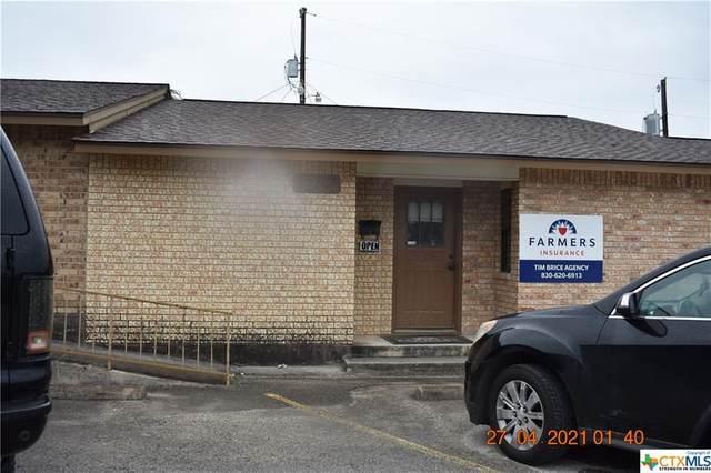1287 E Common Street, New Braunfels, TX 78130 (#448426) :: Empyral Group Realtors