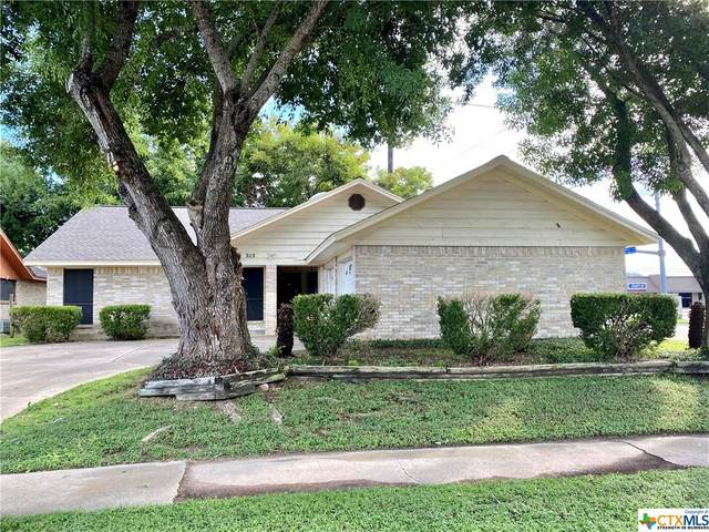 303 Chama Drive, Victoria, TX 77904 (MLS #449106) :: The Real Estate Home Team