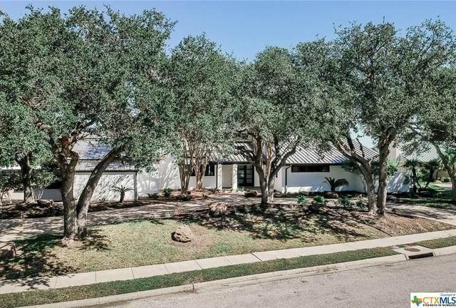 106 Woodcreek Circle, Victoria, TX 77904 (MLS #449564) :: Kopecky Group at RE/MAX Land & Homes