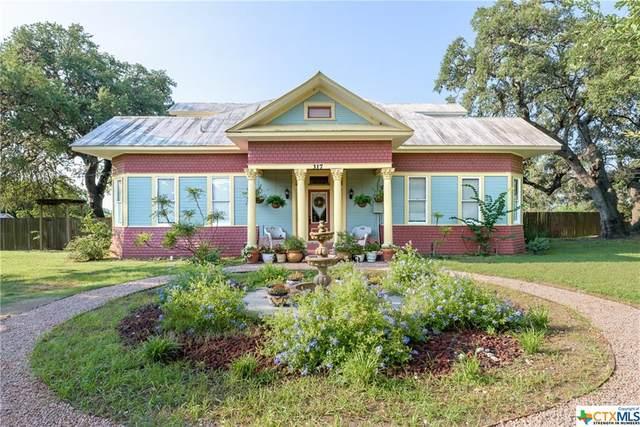 317 Adams Street, Seguin, TX 78155 (MLS #449785) :: The Real Estate Home Team